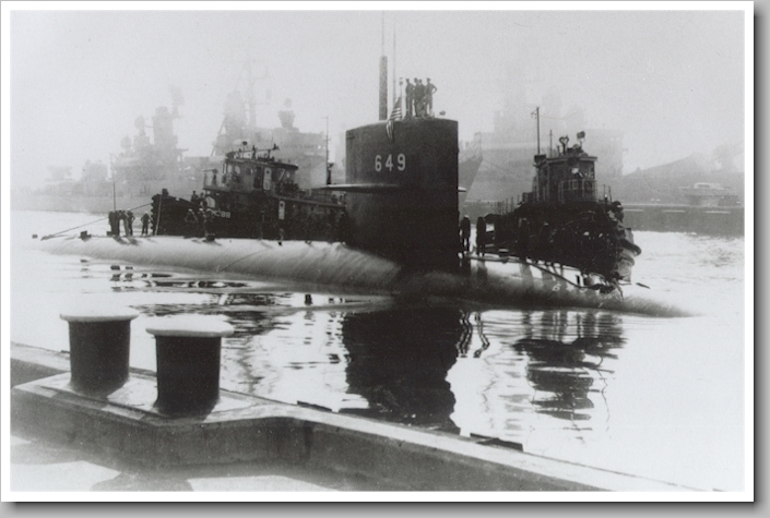 USS Sunfish SSN-649 port call - image